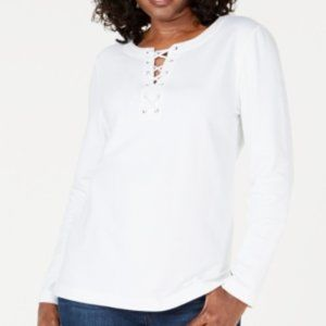 !!~Bright White Long Sleeve Lace-Up Top~!!